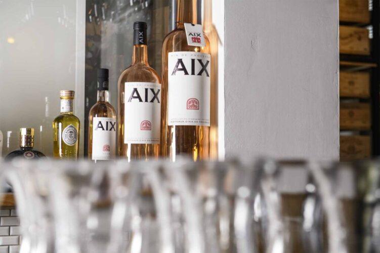28-50 Aix Rose Bottles