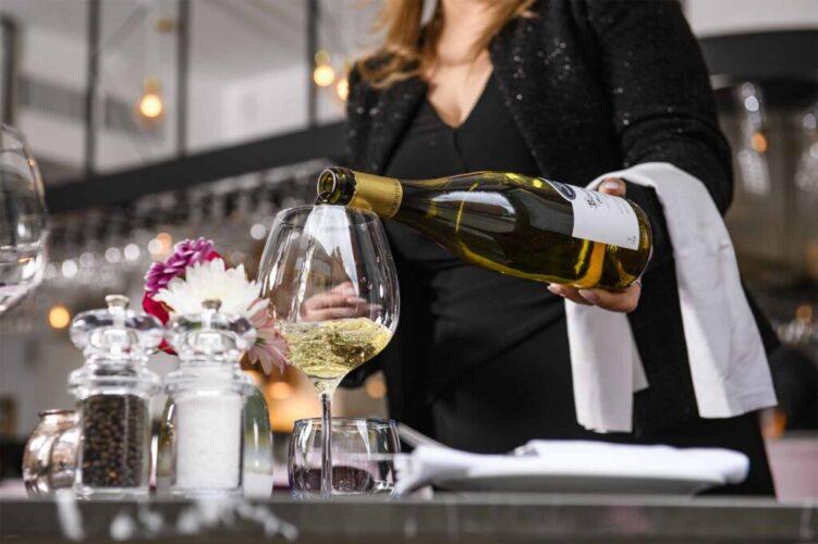 28-50 South Ken White Wine